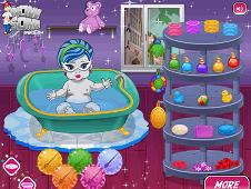 Monster Baby Bath