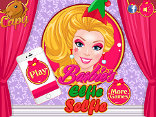 Barbies Elfie Selfie