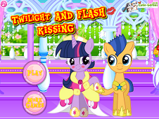 Twlilight And Flash Kissing