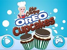Elsa Cooking Oreo Cupcakes