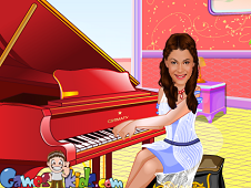 Violetta Playing Piano