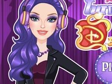 Barbie Turns Into Mal from Descendants
