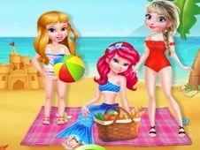 BFF Summer Beach Picnic