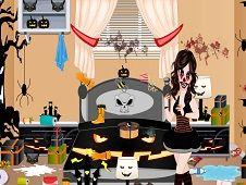 Halloween Princess Bedroom Cleaning