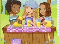 Holly Hobbie Lemonade Stand